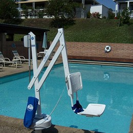 pool-lifts